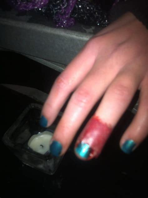 eiffel tower nails    reviews nail salons