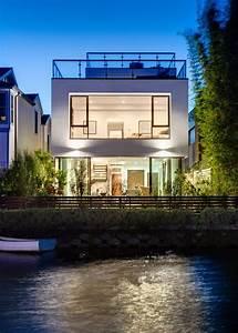 Sleek, Modern, Home, On, The, Canal, In, Venice, Beach