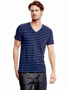 G By Guess Men's Yannor Striped V-Neck Tee