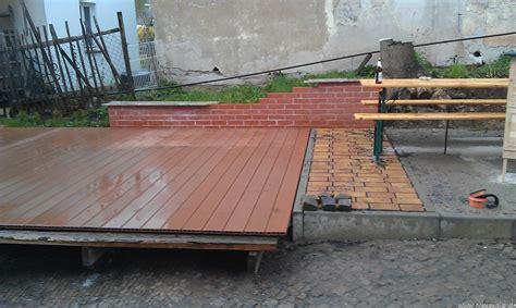 terrassen unterkonstruktion abstand eine terrasse mit wpc terrassendielen bauen commaik