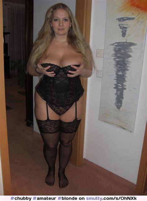 Amateur Blonde Milf Mature Mom Nonnude Busty