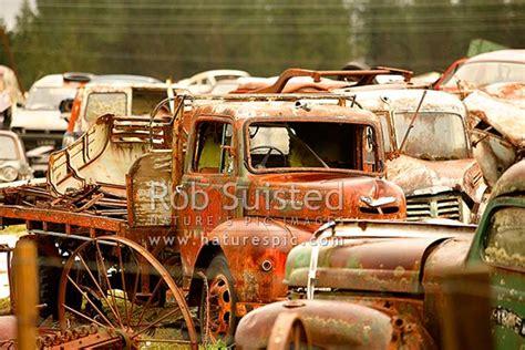 cars trucks  vehicle bodies   famous smash