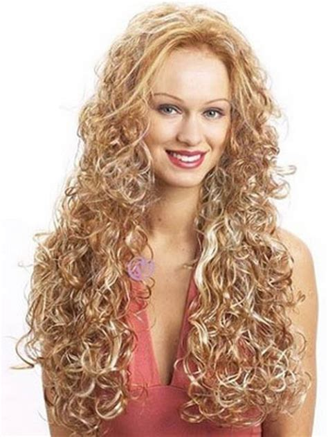 Curls Hairstyles by Spiral Curly Hairstyles