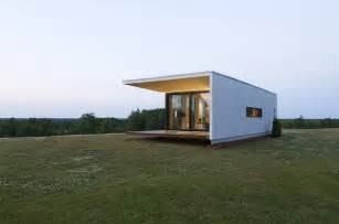 Compact Home Plans by Compact House Addition Transforms Into Guesthouse Or Shed