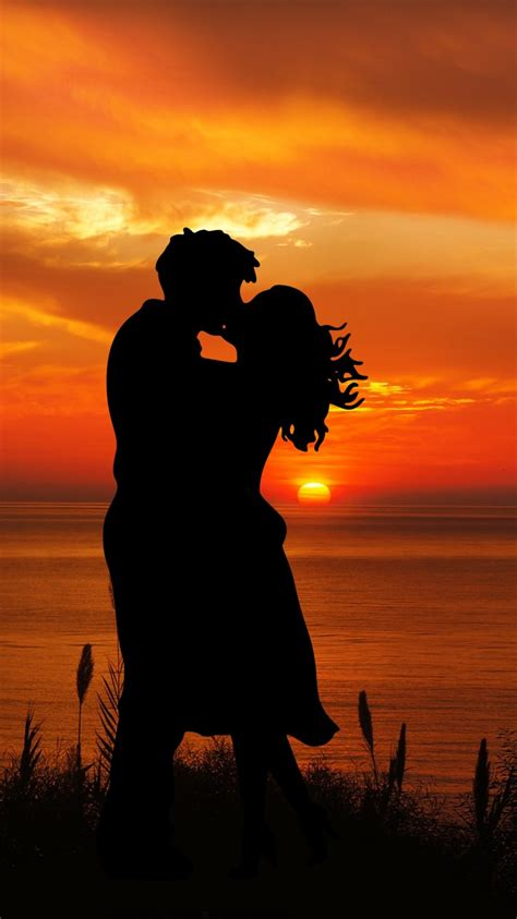 couple  wallpaper romantic kiss silhouette sunset