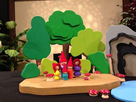 scroll  wooden toys plans diy   nutcracker