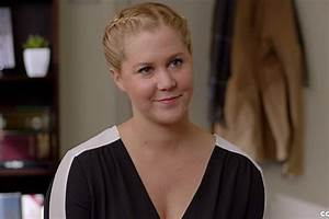 Amy Schumer Skewers Red Carpet Culture In 'Love Your Smile'