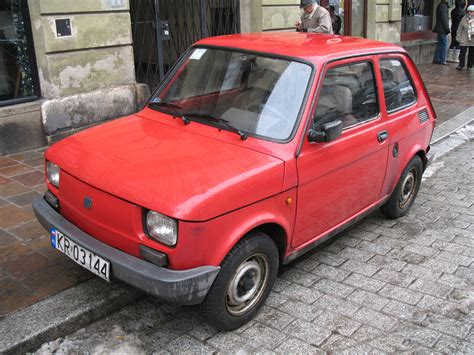 File:Fiat Maluch Town.jpg - Wikimedia Commons
