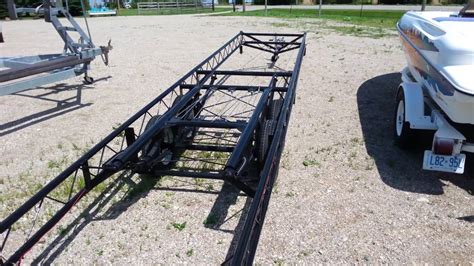 Pontoon Boat Without Trailer by 22 To 24 Center Lift Pontoon Trailer Tandem Axle
