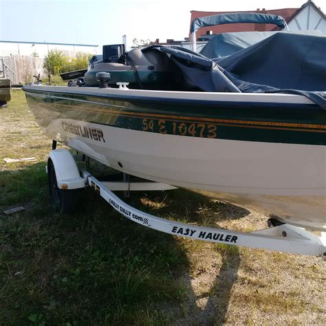 Crestliner Boats Ontario Dealers by Crestliner 1750 Fish Hawk 2001 Used Boat For Sale In