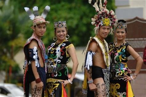 easynomadatmalaysia culture heritage traditional attire