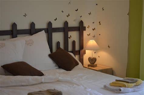 chocolatine guest bedroom