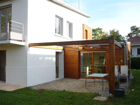 agrandissement cuisine sur terrasse extension bois d une maison à chagne au mont d or