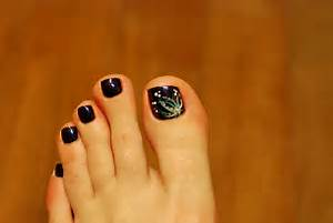 Latest toe nail art designs