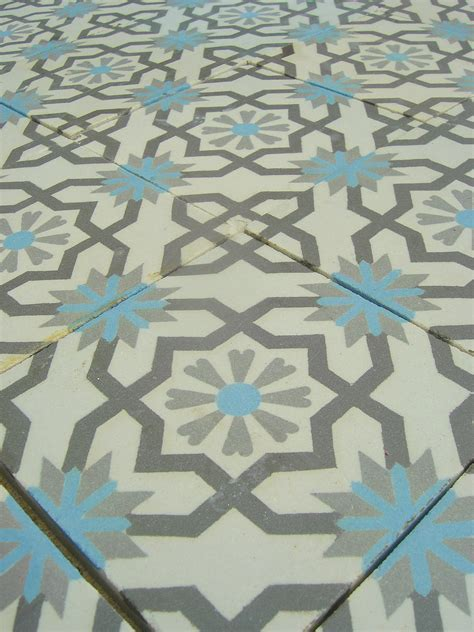 9m2  / 95 sq ft antique French ceramic kitchen tiles   The