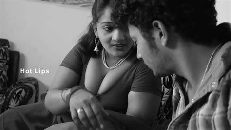 पेटीकोट वाली सेक्सी वीमेन की फोटो Telugu House Wife Sex