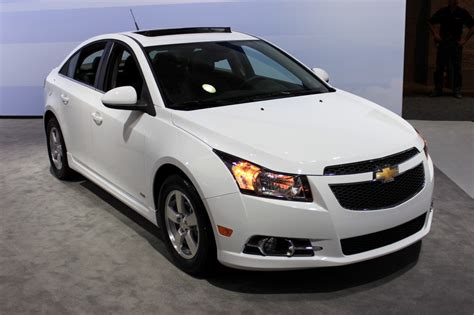 2015 Chevy Cruze Gets New Styling And Tech 2014 New York