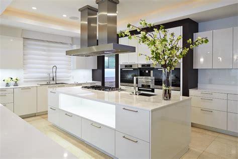 cuisine avec ilot central cuisine cuisine equipee avec ilot central fonctionnalies