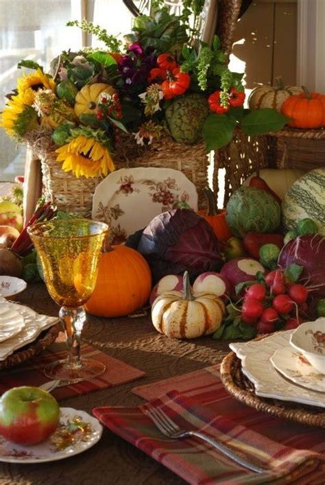 fall harvest table decorations fall centerpiece autumn tablescapes pinterest
