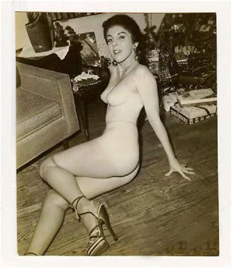 オバマ大統領の母親(18歳当時)のヌード写真が流出 ポッカキット
