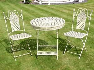 Table De Jardin Fer Forgé : table de jardin ronde avec deux chaises pliantes en fer forg ~ Louise-bijoux.com Idées de Décoration