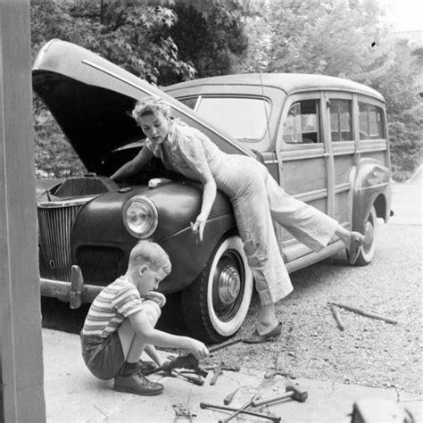 girls  repair cars check