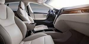 Tesla Model S Interior & Infotainment | carwow