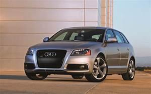 Audi A3 Versions : audi a3 2012 le luxe version compacte guide auto ~ Medecine-chirurgie-esthetiques.com Avis de Voitures