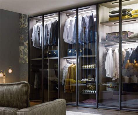 Das Ankleidezimmer Moderne Wohnideenankleidezimmer In Schwarz by Novamobili Kleiderschrank Perry Gt Gt Kleiderschr 228 Nke