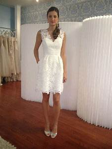Eloping 7 perfect wedding dresses for you destination42 for Elopement wedding dresses