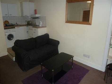 property  rent  leith eh seafield road properties