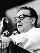 Chile digs up Salvador Allende to answer: suicide or ...
