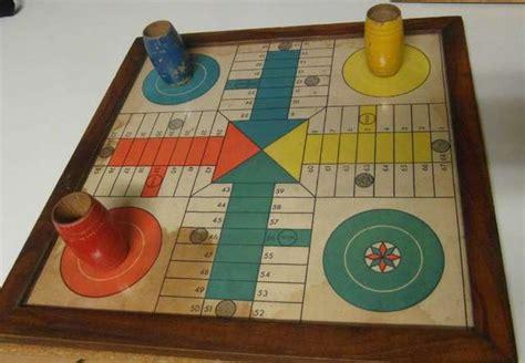 Un juegazo gente se los recomiendo y corre hasta en computadores de carton xd. MIL ANUNCIOS.COM - Antiguos juegos de parchís