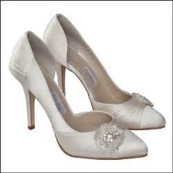 comfy wedding shoes bridal shoes low heel 2015 flats wedges pics in pakistan mid heel low heel ivory photos