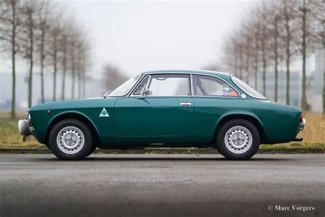 1971 Alfa Romeo Gtv by Alfa Romeo Giulia 2000 Gtv 1971 Welcome To Classicargarage