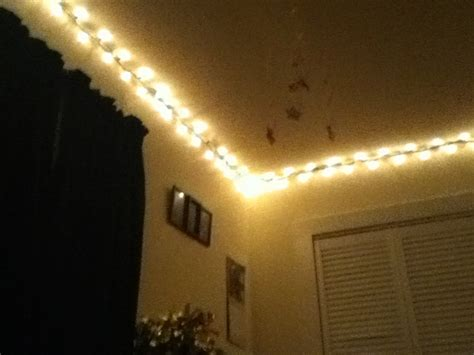 christmas lights  perimeter   bedroomperfect