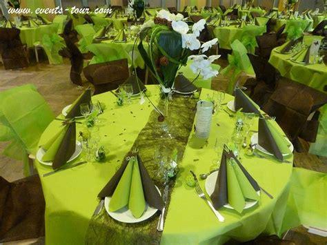 Decoration Maison Vert Anis Decoration De Table Vert Anis Et Marron Chocolat