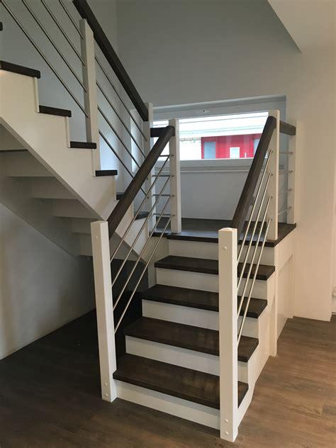 Dachbodenausbau Treppe treppe zum dachboden einbauen treppe dachboden ehrf rchtig treppe