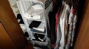 Come organizzare lo spazio in un vecchio armadio