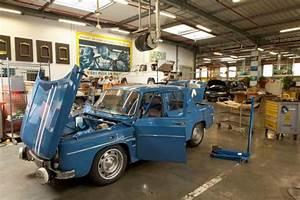 Garage Renault Versailles : r tromobile renault f te les 50 ans de la r8 gordini ~ Gottalentnigeria.com Avis de Voitures