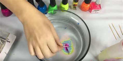nagellack aus teppich todschick zaubere mit nagellack farbmuster auf deine handyh 252 lle