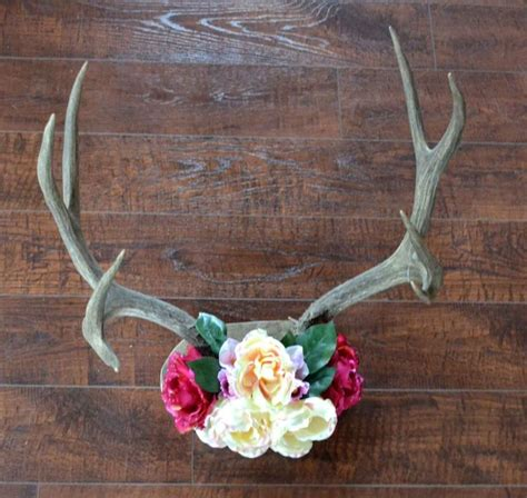 unique antler decorations ideas  pinterest antler