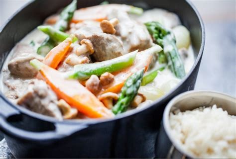 cuisiner une blanquette de veau recette du jour la blanquette de veau facile