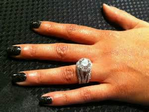 10 carat engagement ring lozada gets 10 carat engagement ring from chad ochocinco