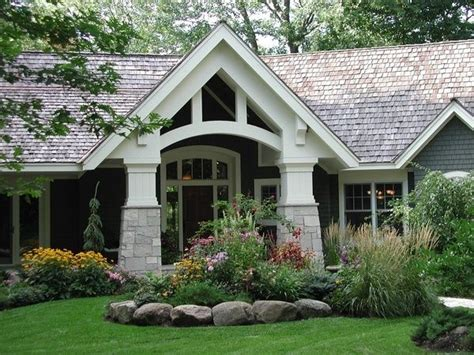 'simple Mustdo' Tips  Front Door Color & Summertime Curb