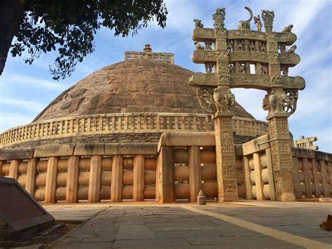 8 Best Places To Visit In Madhya Pradesh