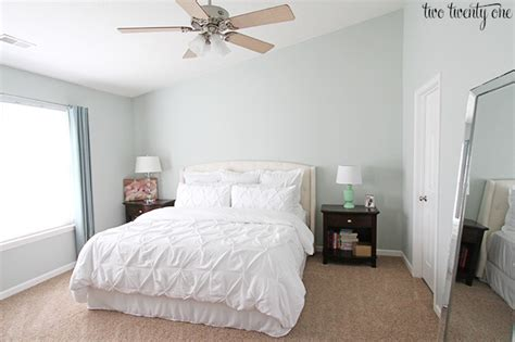 sherwin williams sea salt master bedroom wall color