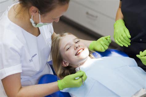 Agrīns bērna vecuma kariess - Adenta Zobārstniecības Klīnika