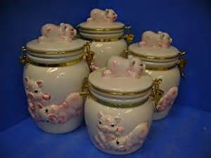 pig kitchen canisters pigs latching airtight 4 canisters set 3 d pig
