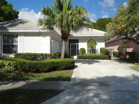 foreclosure in palm gardens florida 3 bedroom